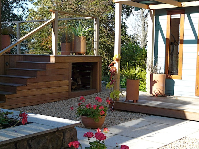 Deck and courtyard