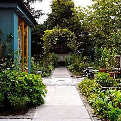 kate-atkinson-garden