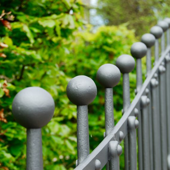 Sweeping railing and gate by Ratho Byres Forge