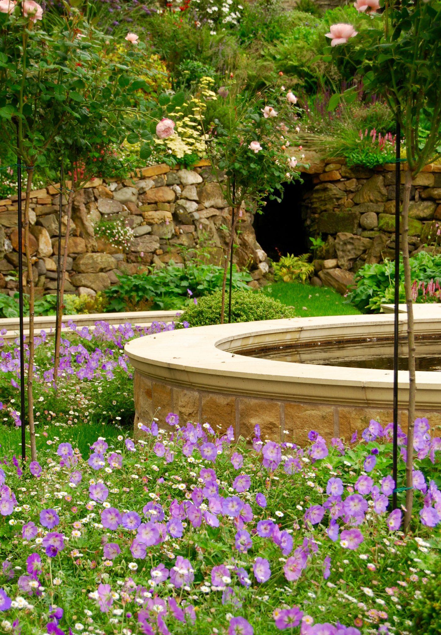 Garden Design - Secret Gardens   Dunfermline Garden