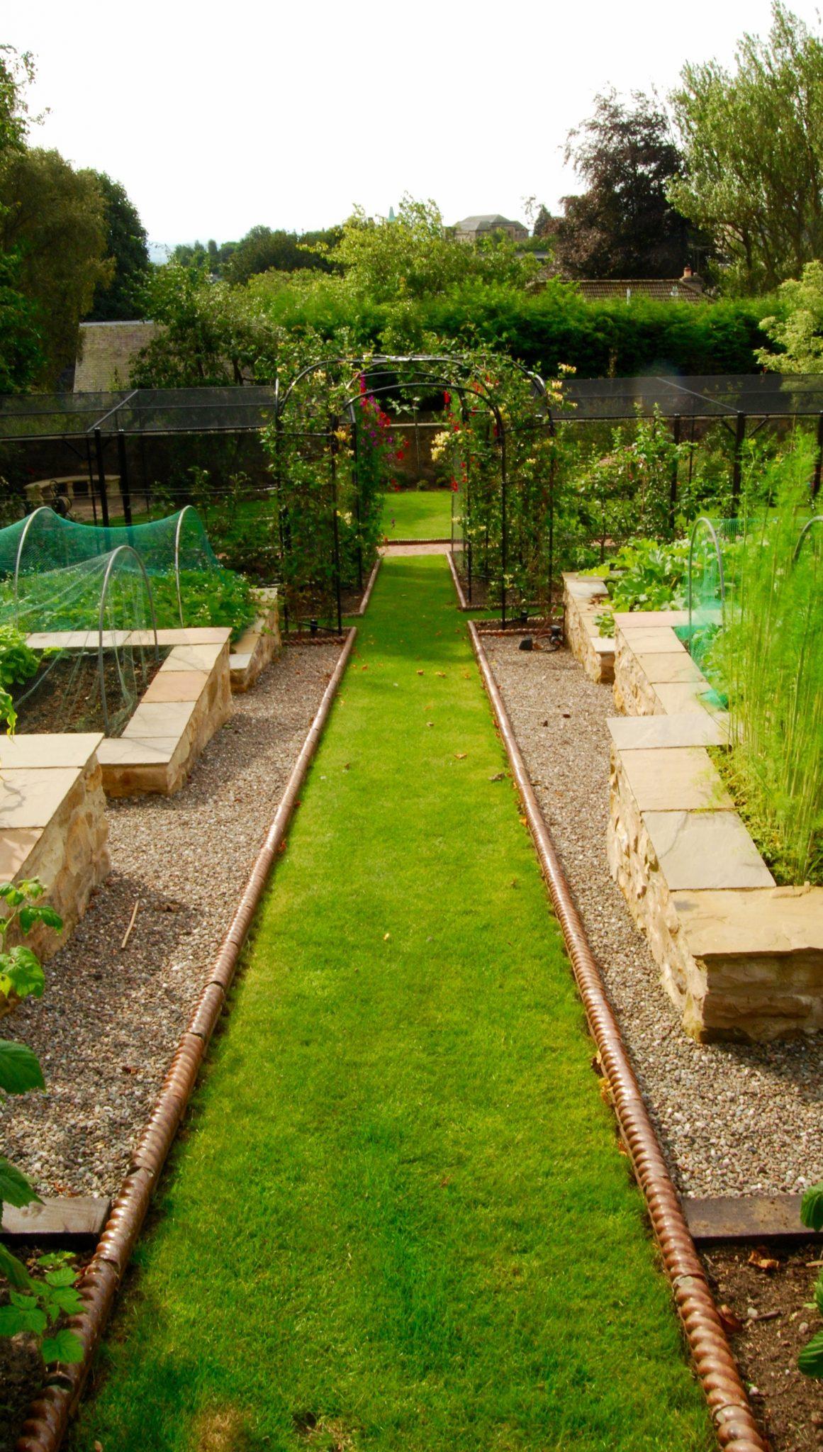 Garden Design – Secret Gardens | Dunfermline Garden